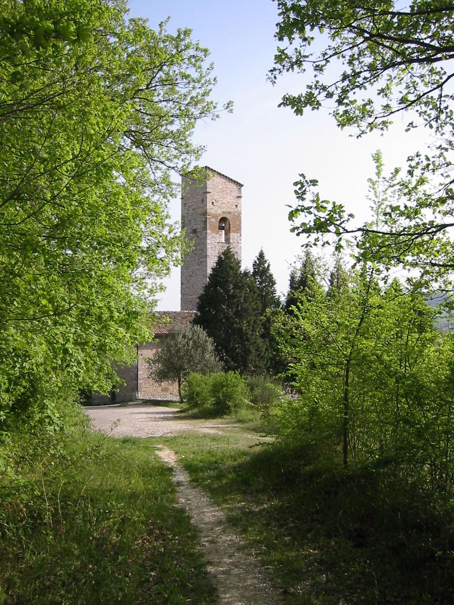 Chiesa di San Facondino con Torre Medievale